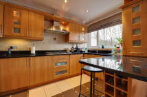 Maisonette to rent in Penn House, Main Avenue...