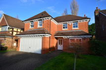 5 bedroom property to rent in Heathfield Close, Oxhey...