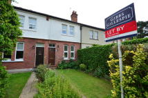 2 bed house to rent in Reginald Road, Northwood...