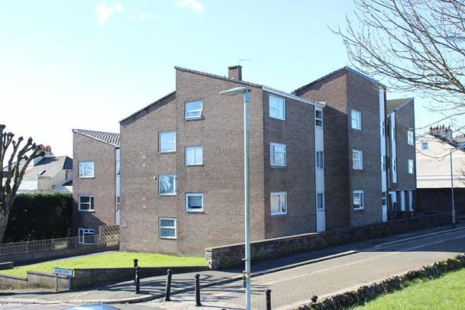 2 Bedroom Flat For Sale In Home Park Stoke Plymouth PL2