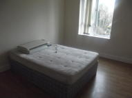 Flat to rent in Three Bedroom Modern...