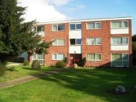 Flat in The Pines, Cromwell Lane,
