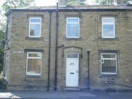 2 bed End of Terrace property to rent in Town End, Almondbury...