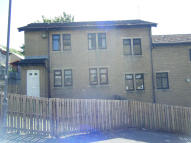 1 bedroom Ground Flat to rent in RANGE LANE, Halifax, HX3