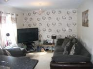 2 bed Flat to rent in Drovers...