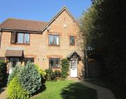semi detached property to rent in Doulton Gardens...