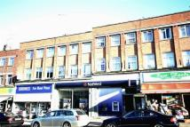 Flat for sale in Rayners Lane, Pinner...