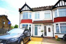 4 bed End of Terrace property in Pinner Road, Harrow