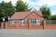 Detached Bungalow in QUEENS ROAD, Smethwick...