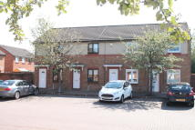 2 bed Terraced house for sale in Young Place, Tannochside...