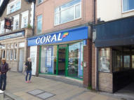 property to rent in 120 High Street,