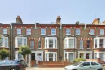 Flat to rent in Bravington Road, London...
