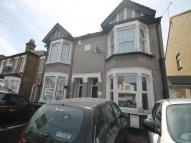 Flat in Havering Road, Romford...