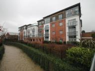 2 bed Flat to rent in Riverside Close, Romford...