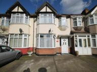 3 bed Terraced property in Kingsmead Avenue...