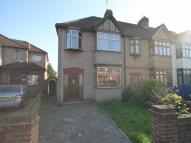 3 bed property in Hornchurch Road...