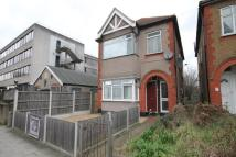 2 bed Flat to rent in St. Edwards Way, Romford...