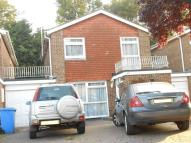 3 bed Link Detached House in Somersby Crescent...