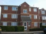 1 bedroom Flat to rent in Walpole Road, Burnham...