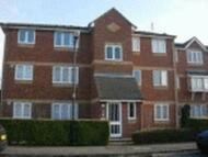 2 bedroom Flat in Walpole Road, Burnham...