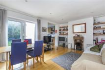 2 bedroom Flat to rent in Englefield Road...