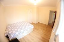 Flat Share in Ben Jonson Road, London...