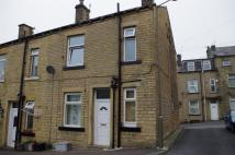 2 bed Terraced house to rent in Cross Street, Greetland...