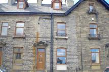 2 bed Terraced property to rent in Huddersfield Road, Elland