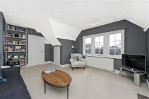 Flat for sale in Telford Avenue, London