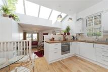 2 bed Flat for sale in Elmcourt Road...
