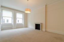 2 bedroom Flat in De Vere Gardens, London...