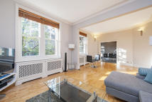 3 bedroom Flat in Drayton Gardens, Chelsea...