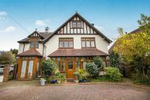 8 bed Detached house in Buckingham Road...