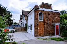 2 bedroom Detached house in WHITTON ROAD, Twickenham...