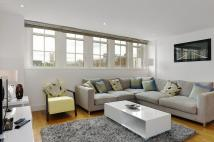 3 bed Apartment in Romney House...