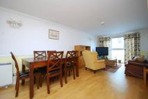 Flat to rent in Thistley Court, Deptford...