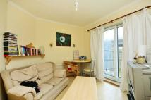 3 bed property in Tunnel Avenue, Greenwich...
