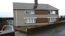 Flat to rent in Francis Street, Skewen...