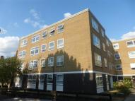 2 bed Flat to rent in Park Sheen, East Sheen...