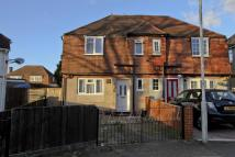 3 bedroom semi detached house in Park View Road...