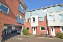3 bedroom Town House in Wraysbury Drive...