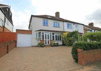 3 bed home in Wood Lane, Isleworth
