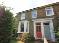 3 bedroom property for sale in Woodlands Road, Isleworth