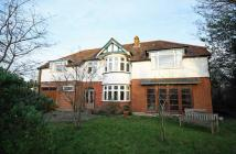 6 bedroom property in Osterley Road, Isleworth