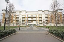 Flat in Melliss Avenue, Kew