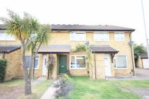 2 bedroom property to rent in Ploughmans End, Isleworth