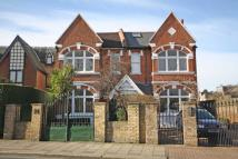 St. Margarets Road Flat to rent