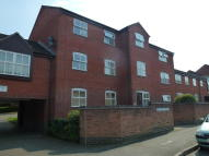 1 bedroom Ground Flat in Yew Tree Court...
