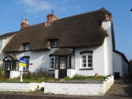 Cottage to rent in Banbury Road, Southam...