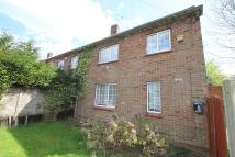End of Terrace home to rent in Pound Hill, Crawley...